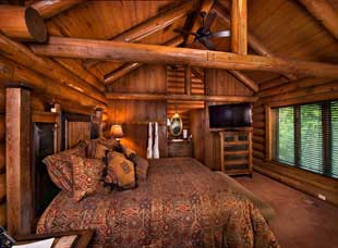 Well furnished cabin bedroom